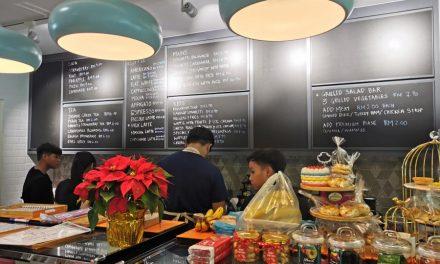 Hoola Hoop Cafe